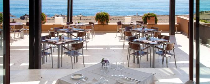 8._Restaurant_Table (Custom)