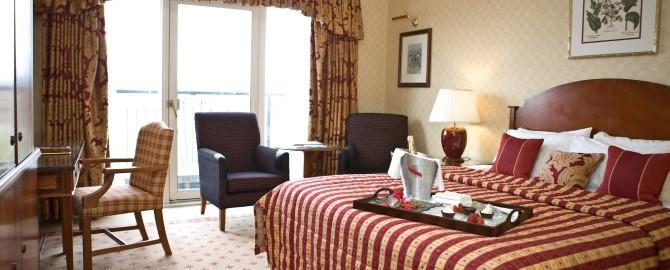ResortHotel_Deluxe_King_WithBalcony