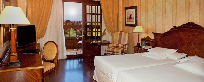 9. Double Room- Golf View