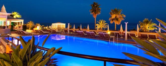 12-fuerte-marbella-instalaciones-piscina-noche-2_copy