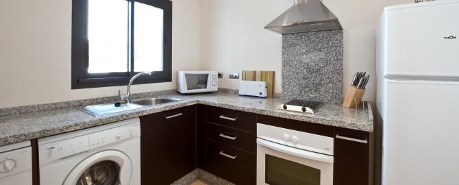 fuerte-estepona-habitaciones-apartamento-1-2-3-dormitorios-cocina-2_copy